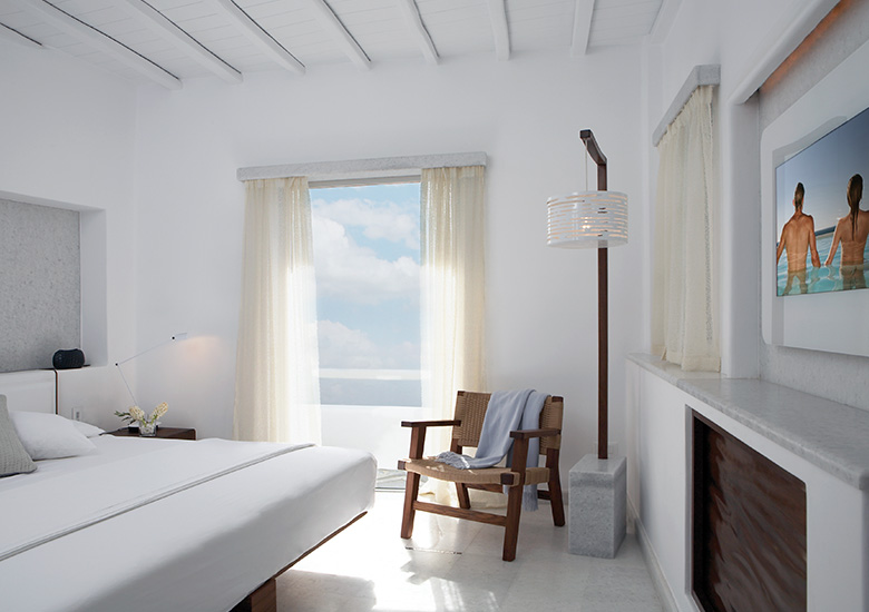 mirror tv hotel bedroom