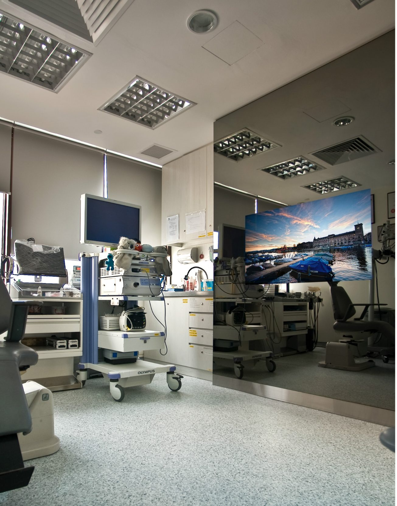 mirror tv medical clinic