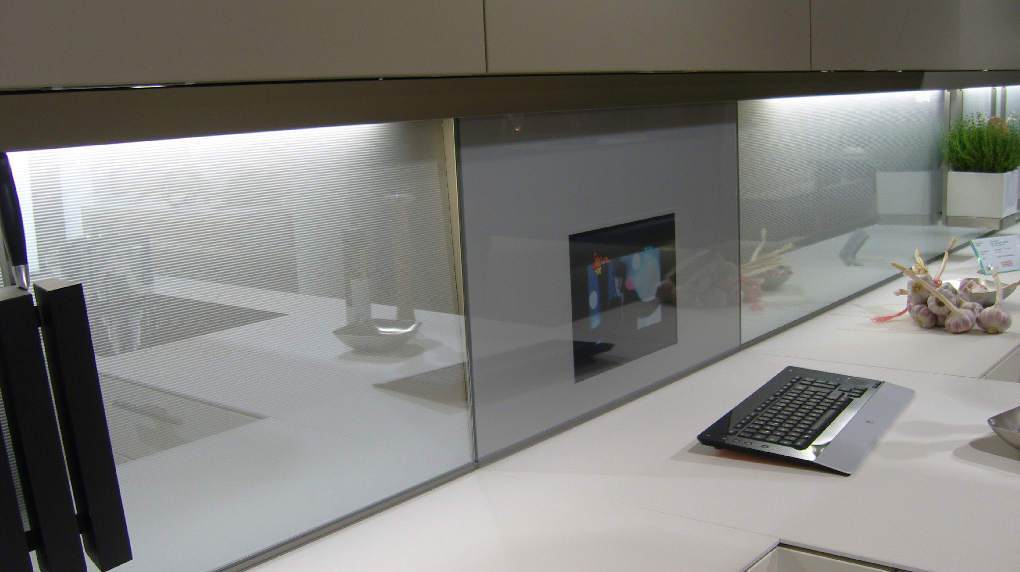 mirror tv residence kitchen