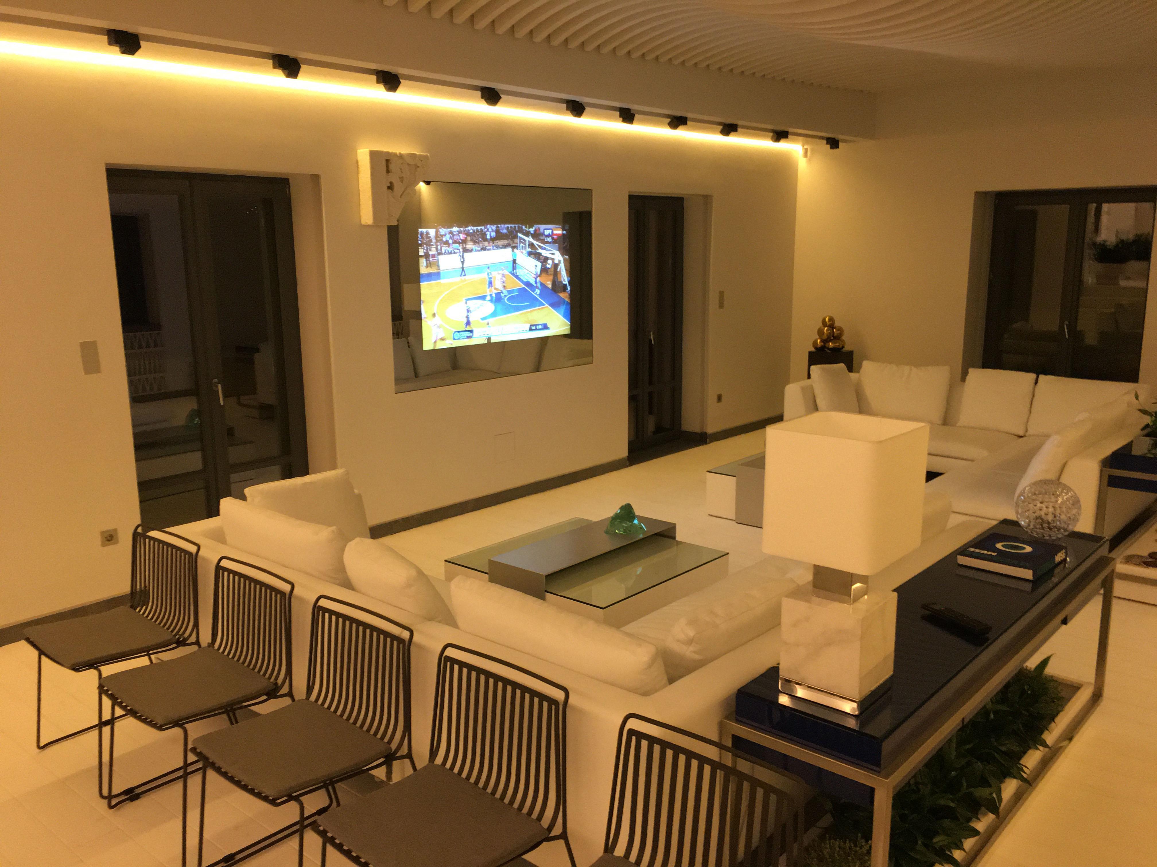 mirror tv residence living room
